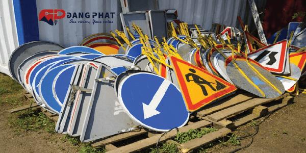 quy định lắp đặt biển báo giao thông